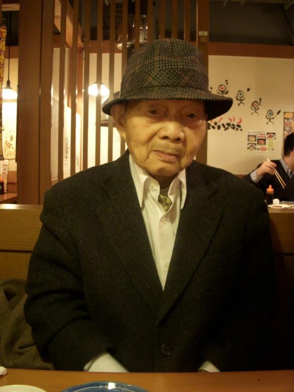 台灣前輩畫家張義雄昨台灣時間下午4點32分病逝於日本,享壽102歲。(李金祝提供)