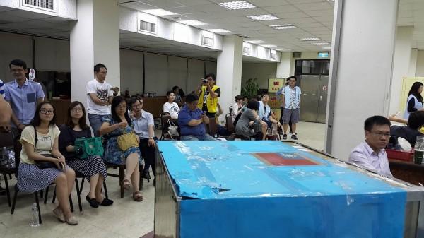 華航空服員罷工投票開票中。(空服員職業工會提供)