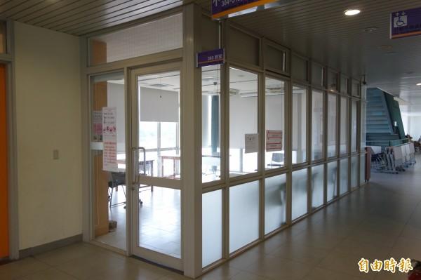 大學指考登場,台灣大學負責身障考場,打造專屬教室,供有特殊需求的身障考生使用。(記者吳柏軒攝)