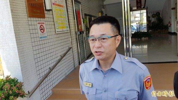 警察局長表示,虛心檢討,讓民眾有所感受(記者簡惠茹攝)
