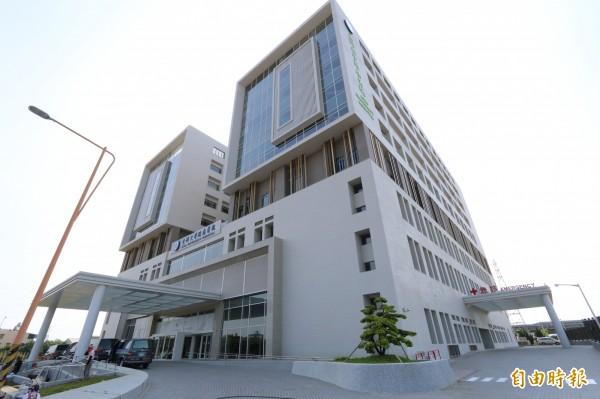 亞洲大學附屬醫院今天開始試營運,將在8月1日正式開幕,希望縮短城鄉醫療差距。(記者陳建志攝)