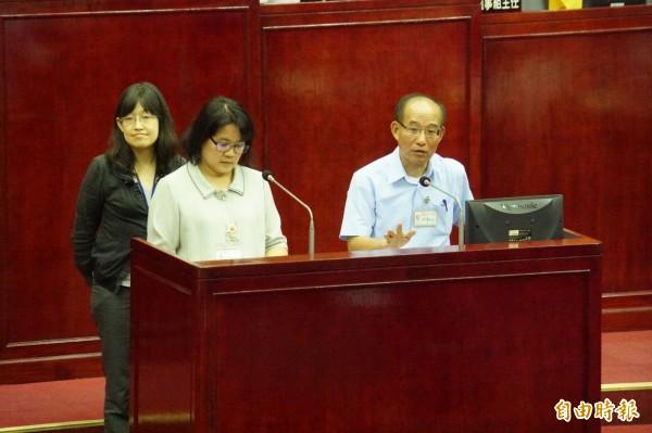 今日台北市議會交通部門質詢,交通局長張哲揚接受質詢。(記者張凱翔攝)