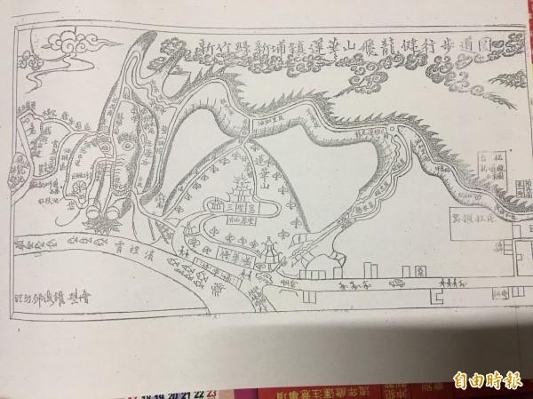 山友所繪的飛龍步道。(記者黃美珠翻攝)