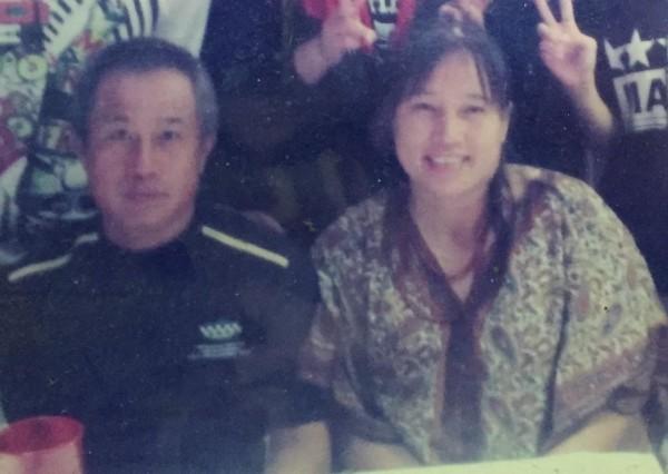 新竹市香山娜魯灣部落阿美族船長張金生(左)、妻子李英美(右),11日從宜蘭烏石港出海捕鰻苗卻失蹤。(記者王駿杰翻攝)