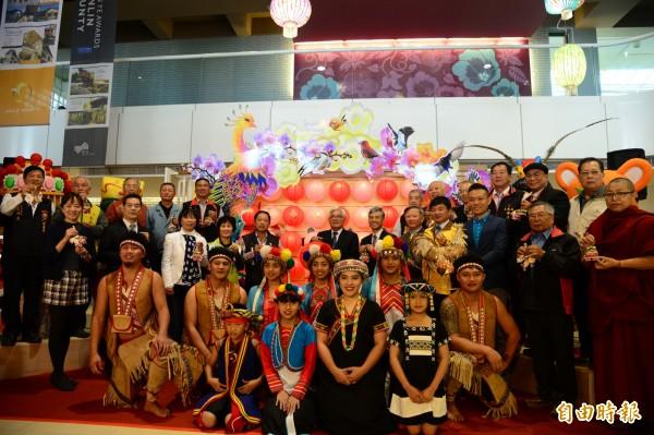 台灣燈會多元文化燈區搶先亮相,歡迎大家參觀。(記者廖淑玲攝)