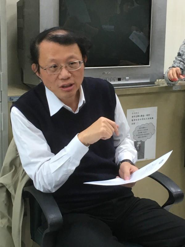 勞動關係司司長王厚偉表示,勞動部將會公平對待所有的收費員,包含今天發放的15萬以及3月發放的第二階段補貼,只要有申請都領的到。(記者吳柏緯攝)