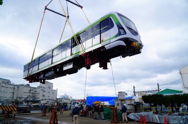 鐵道迷注意!台中捷運綠線電聯車5日將運抵台灣首度亮相。(圖:交通局提供)