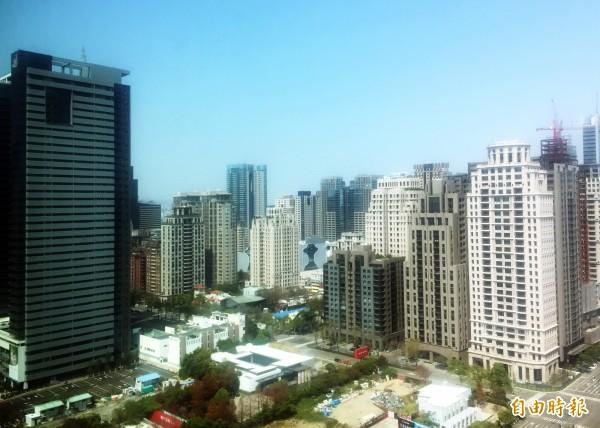 台中市105年房市呈現量縮、價持平趨勢。(記者張菁雅攝)