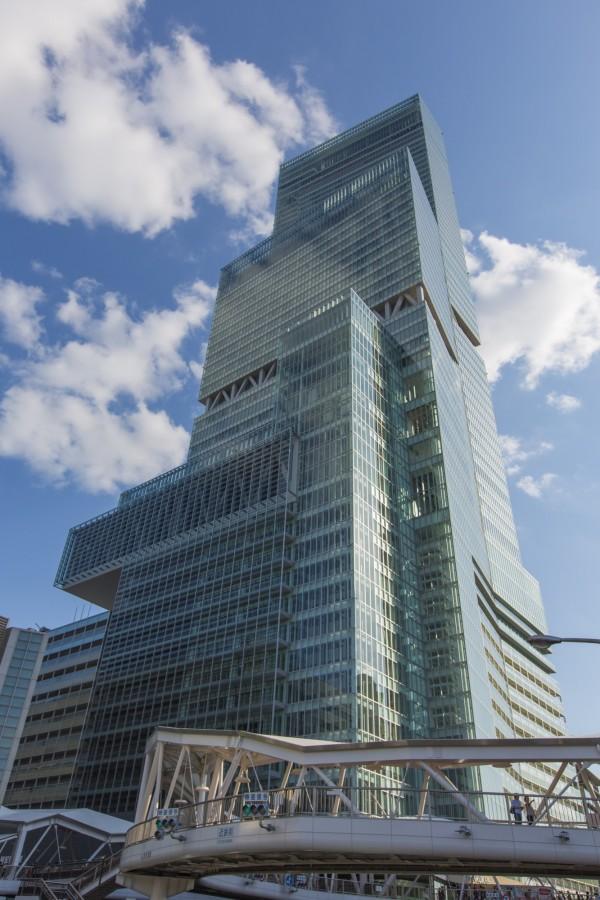 位於大阪的阿倍野海闊天空大廈3年前落成,現在為日本第一高樓。(圖由近鐵不動產株式會社提供)