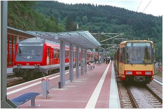 基隆將打造可與台鐵共用軌道的Tram-Train輕軌系統。(記者林欣漢翻攝)