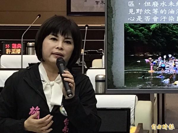 市議員賴惠員要求南市府清點台南露營營區、釐清權責單位,並應制訂自治條例。(記者蔡文居攝)