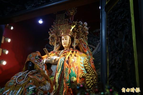 濟德宮主祀的媽祖是台灣少見的軟身媽祖。(記者何玉華攝)