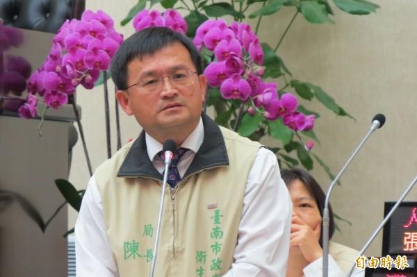 衛生局長陳怡表示,必要時將自費出國為台南宣傳醫療觀光。(記者蔡文居攝)
