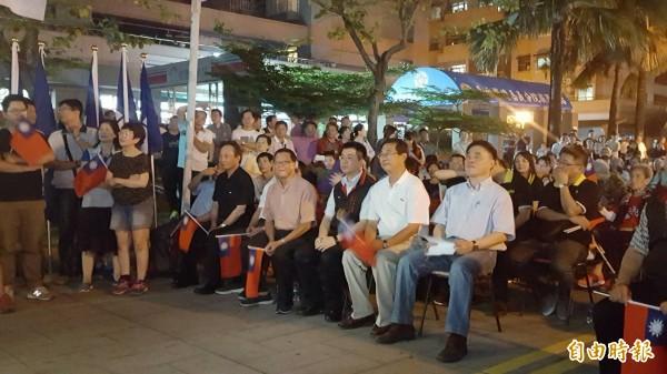 郝龍斌造勢晚會在經國新城廣場舉行。(記者丁偉杰攝)