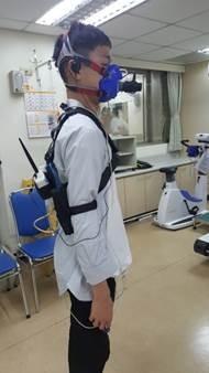圖為無線運動心肺功能測試中的情形。(記者蔡彰盛翻攝)