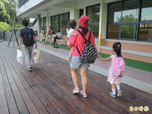 新竹縣教育處統計,竹北市公、私立幼兒園核定招生數合計雖有8900人,但公幼名額僅約7.9%,比例偏低。(記者廖雪茹攝)