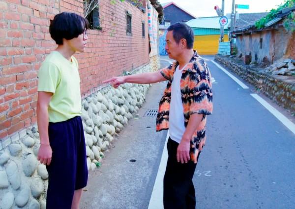 蔡振南(右)飆罵盧廣仲的對手戲片段在網路瘋傳。(台中市政府新聞局提供)