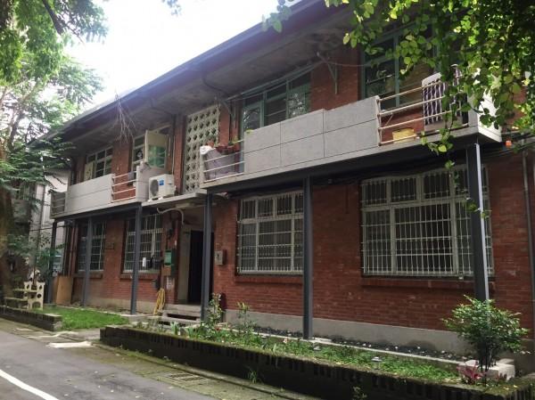文資委員認為學人新村保有美援時期宿舍群樣貌,於建築史上甚有價值。(文化局提供)