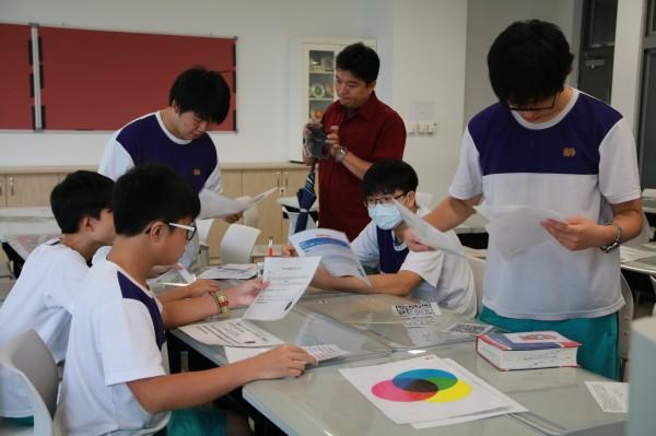 陽明高中集合9個學科的力量,設計出全新的「密室逃脫」課程。(陽明高中提供)