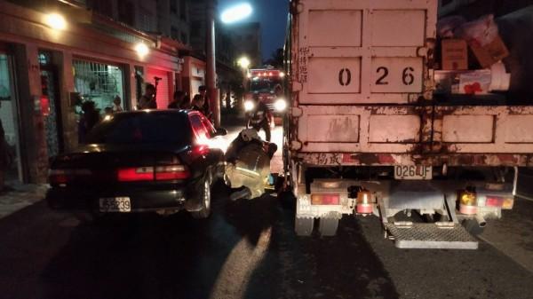 7歲陳姓男童昨晚6點多在民雄鄉福樂村陪家人倒垃圾,卻被資源回收車輾斃。(記者曾迺強翻攝)