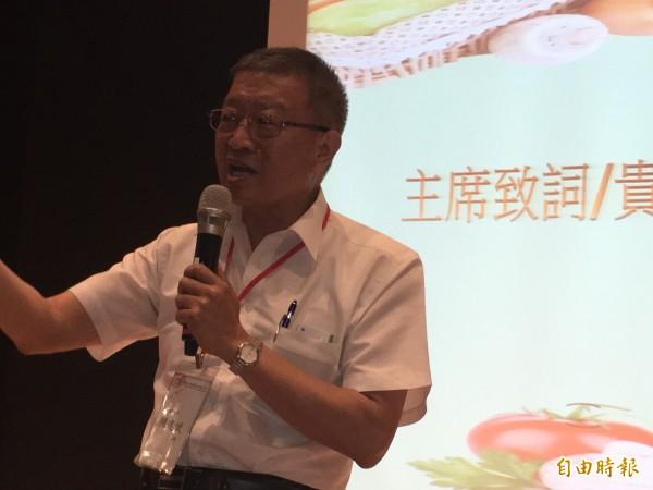 農糧署長陳建斌希望大家共同推動「有機之島」。(記者顏宏駿攝)