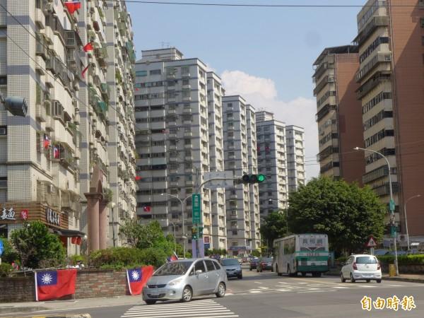 新北市林口區選手村周邊街景。(記者李雅雯攝)