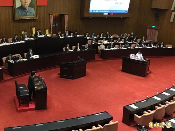 國民黨立委王育敏頻追打「固有疆域」議題,行政院長賴清德神回反嗆。(記者鄭鴻達攝)