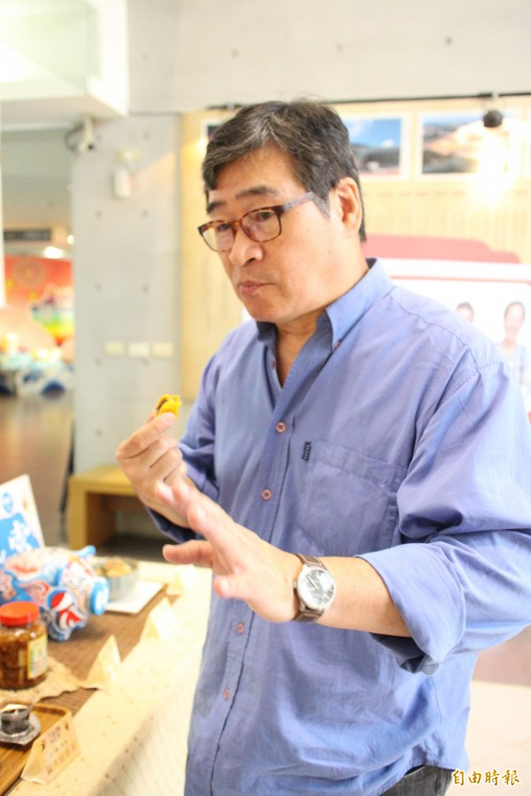 金鐘獎主持人也是美食評論家的王浩一嚐遍新竹縣各鄉鎮的美食,難忘舌尖上的滋味,將在26日以此分享新竹縣的在地故事。(記者黃美珠攝)
