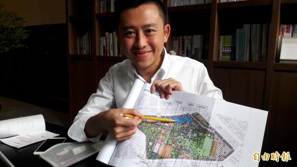 新竹市長林智堅在今天趨勢民調百里侯之爭的民調結果獲得77%的滿意度,且民調結果都贏過藍營其他4個參選人。林智堅上任近3年也獲得高支持度。(記者洪美秀攝)