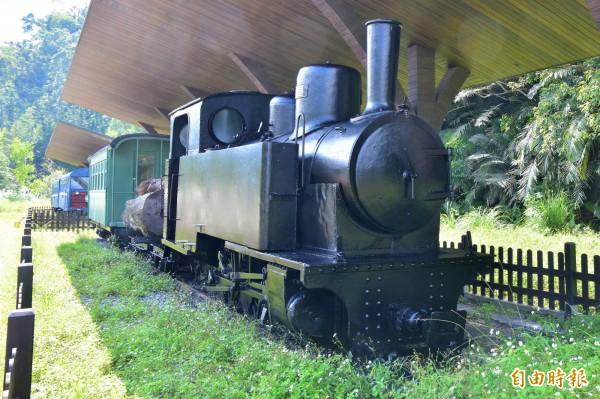 早期騁馳在三星田野間的林鐵火車頭。(記者張議晨攝)