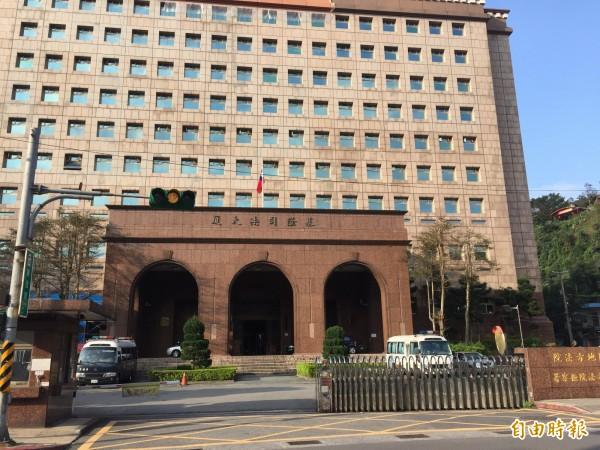 基隆地檢署日前偵結,依強制性交罪將何男起訴。(記者吳昇儒攝)