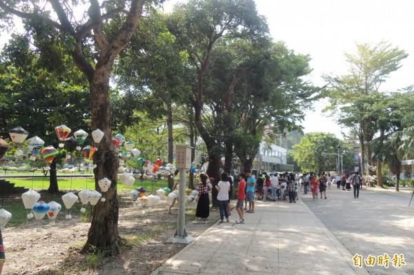 台東縣遊客量再創新高。(記者張存薇攝)