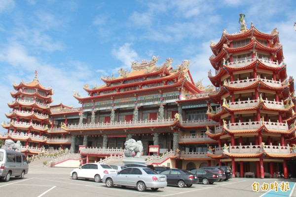 芳苑普天宮是東南亞最大媽祖廟,擔任今年彰化媽祖聯合遶境爐主宮。(記者陳冠備攝)