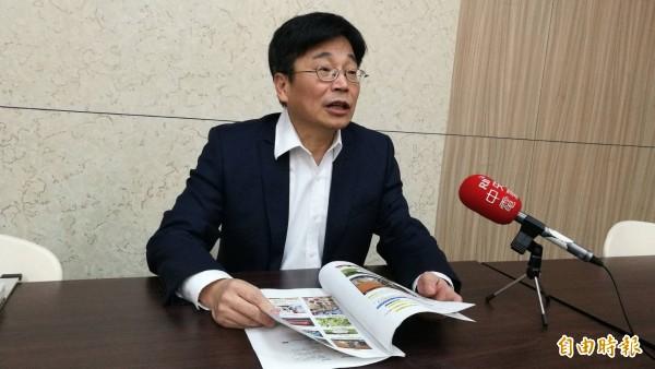 疾管署長周志浩澄清,該署從未研發中藥包抗流感,民眾不要輕信。(記者林惠琴攝)