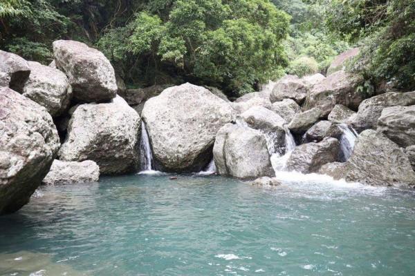 富里鄉羅山村的水源地螺仔溪,水源乾淨。(富里鄉農會提供)
