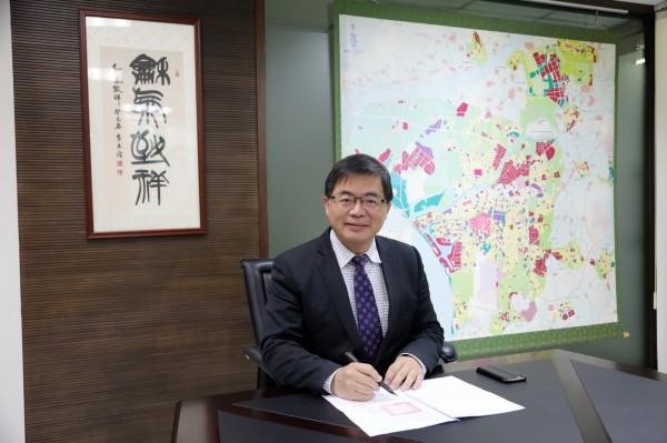 台南市政府與台灣人工智慧實驗室(AI Labs)異地同步簽訂合作意向書 。(台南市研考會提供)