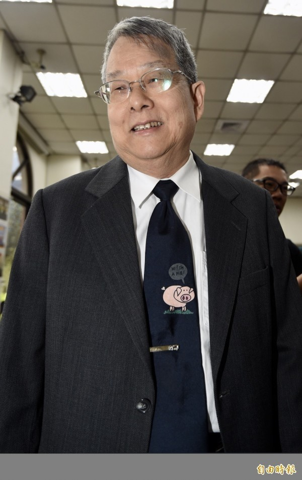 監察院今天召開院會,對於陳長文是否適任的問題,新舊監委一度激辯。陳師孟表示,「說陳長文是憲法權威,這是開什麼玩笑?」(資料照)
