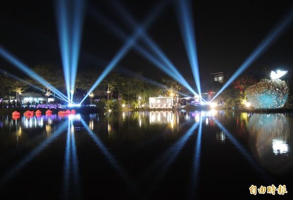 鹽水月津燈節在月津港舉行。(記者楊金城攝)