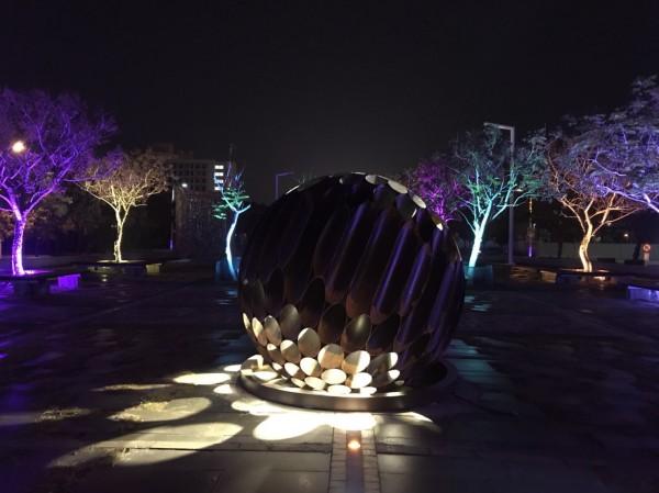 台灣燈會科技嘉藝燈區的作品「嘉藝之光」。(取自台灣燈會官網)