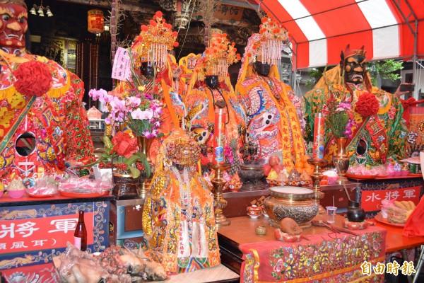 今年南瑤宮笨港進香輪由聖三媽會、新三媽會與老六媽會負責舉辦,也就是所謂的「三媽年(或三媽六)」。(記者湯世名攝)