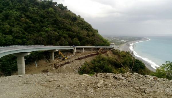南迴新香蘭松子澗段高架啟用。(記者王秀亭翻攝)