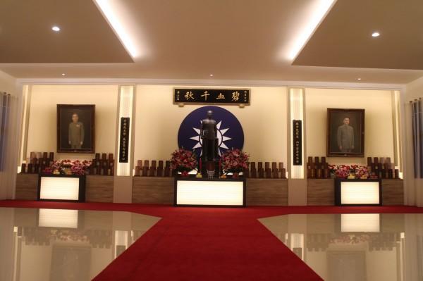 在台海飛彈危機期間提供我方重大情報的共軍少將劉連昆,其靈位就供奉在紀念館2樓的忠烈堂。(圖由軍事情報局提供)