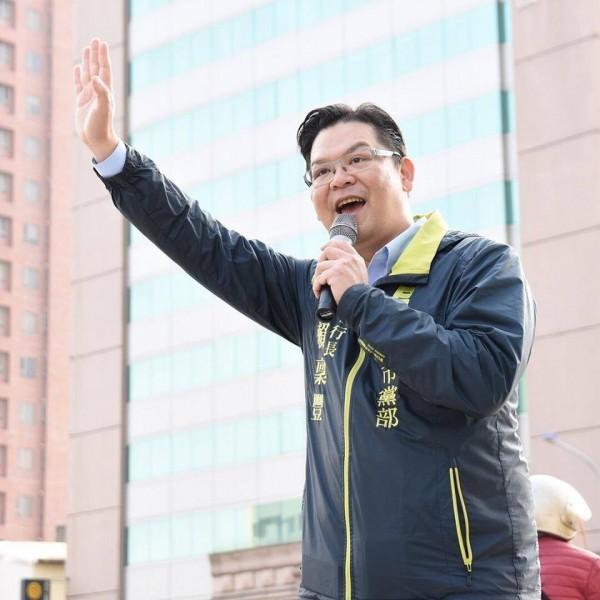 賴稟豐是民進黨新竹市黨部執行長,熟悉市政規畫藍圖。(記者王駿杰翻攝自臉書)