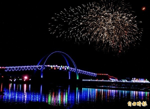 王功漁火節是彰化夏季的年度盛會。(資料照)