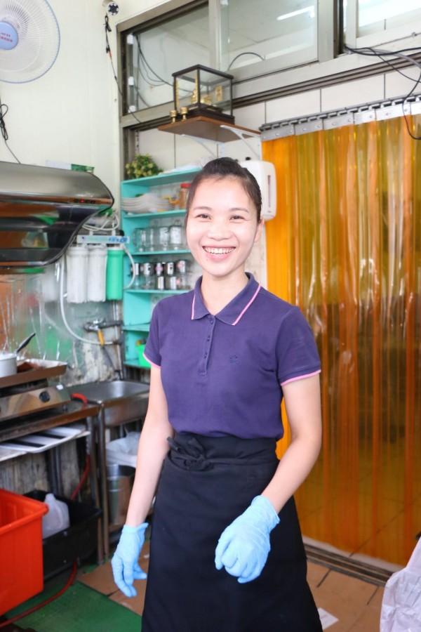 阮秋水堅持將家鄉美食帶入台灣,堅信好口味能征服台灣人的胃。(記者鄭名翔攝)