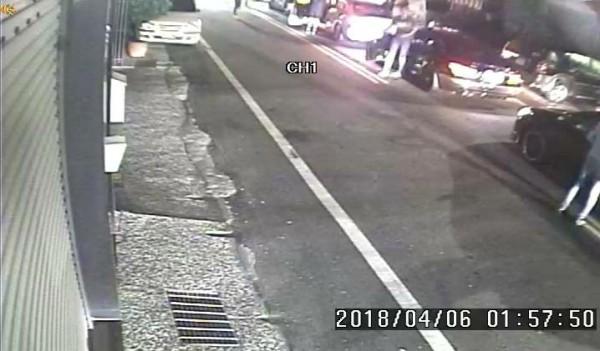 嘉義一方開車在4月6日凌晨近2點到台南市麻豆區找李姓男子討公道。(記者楊金城翻攝)