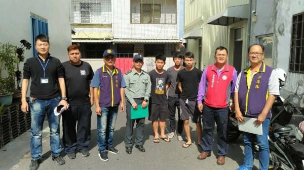台東縣警局成立「寄居蟹守護天使團」。(記者王秀亭翻攝)