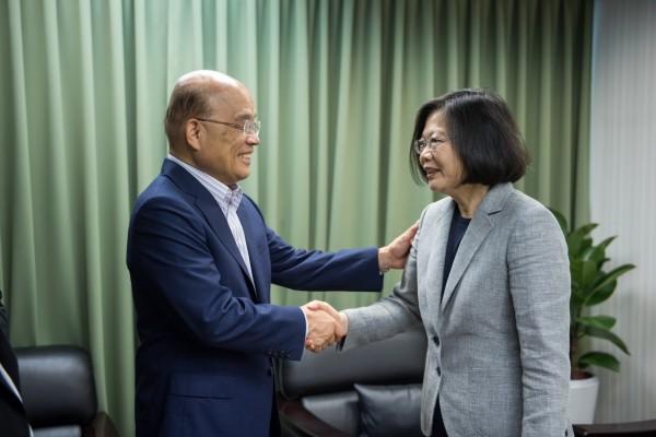 蔡英文今天在黨部邀請蘇貞昌會面。(民進黨提供)