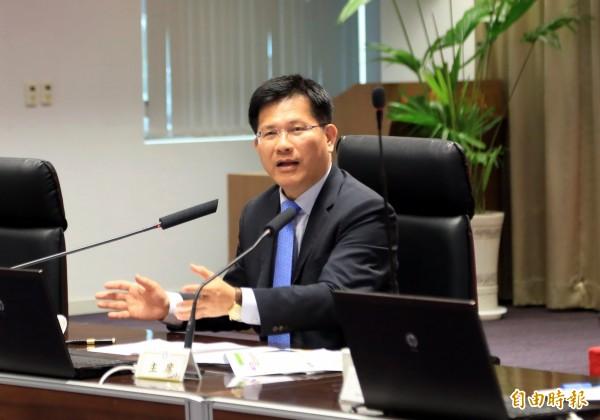 台中市長林佳龍表示,國私立高中職改隸後,學校得到更多照顧。(記者張菁雅攝)