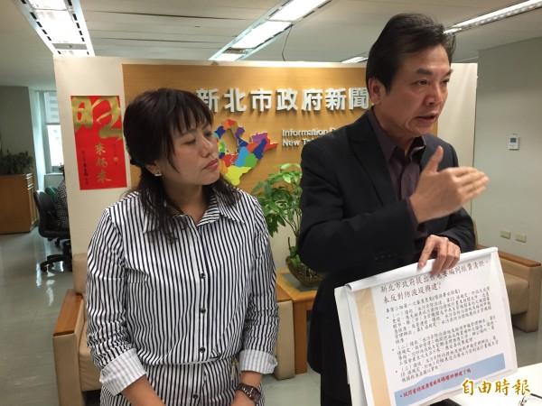 環保局長劉和然(右)指出,燃氣電廠都不敢說沒有汙染更何況燃煤電廠,不懂蘇貞昌發表意見的本質。(記者邱書昱攝)